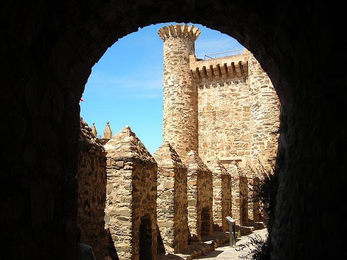 Понферрада (Castillo de Ponferrada) - Замок тамплиеров 10684