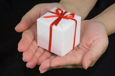 подарок (400x266, 78 Kb)