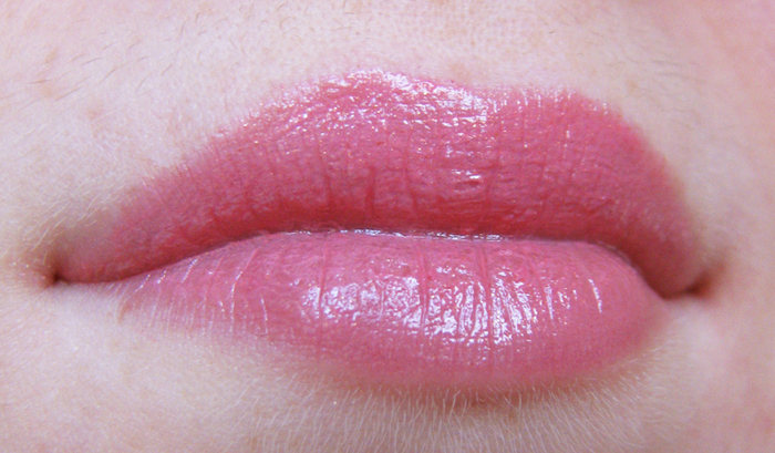 Chanel Rouge Coco 117 Magnolia