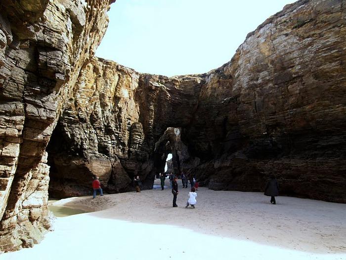 Playa de las catedrales 75132