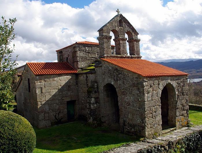 Санта-Комба де Банде близ Оренсе 15044