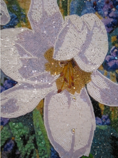 Необычная мозаика из бисера и