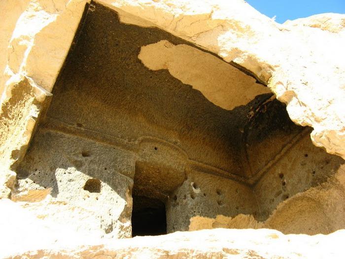 вырубленный в скалах - монастырь Селиме (Selime) 54950