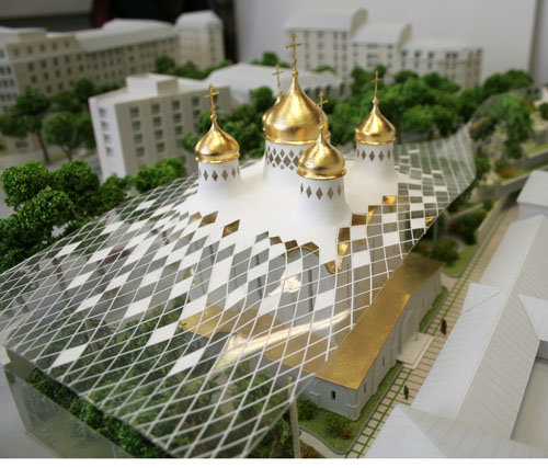 Храм в Париже