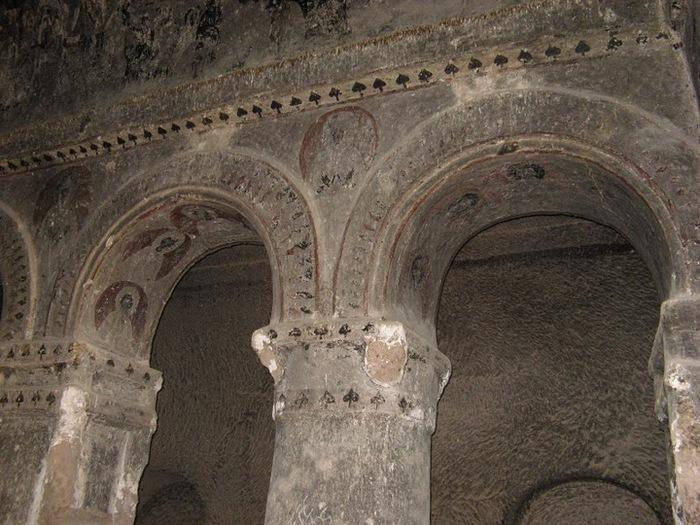 вырубленный в скалах - монастырь Селиме (Selime) 63932