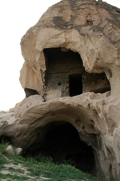 вырубленный в скалах - монастырь Селиме (Selime) 29202
