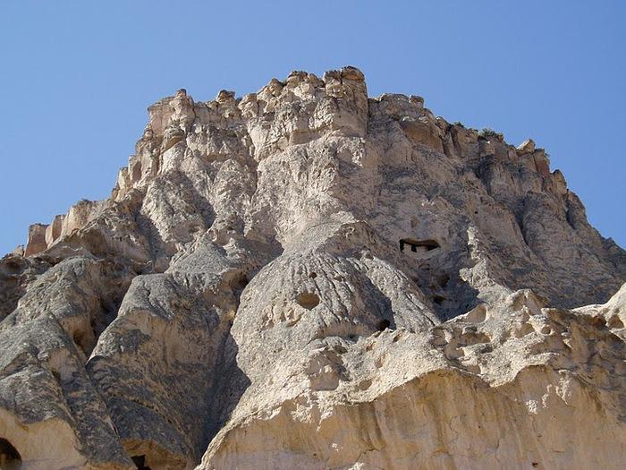 вырубленный в скалах - монастырь Селиме (Selime) 77151
