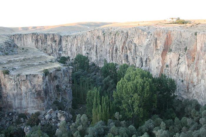 вырубленный в скалах - монастырь Селиме (Selime) 42645