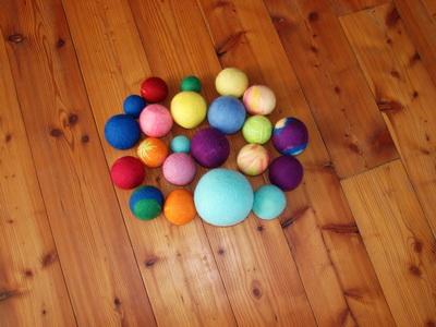 мячики шерстяные