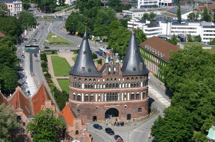 Голштинские ворота - Holstentor -Любек 92799