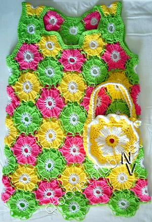 72994310 1301820753 sarafan cvetochnaya polyankathumbnail 2012 Örgü Çocuk Elbiseleri, Örme Çocuk Etekleri, Yazlık Çocuk Elbise Ve Etek Modelleri, El Örgüsü Bebek Kıyafetleri,örgü bebek kıyafet modelleri