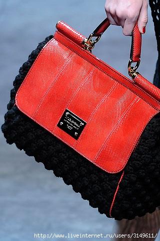 Фото.  Категория.  Модные сумочки на 2010 год.