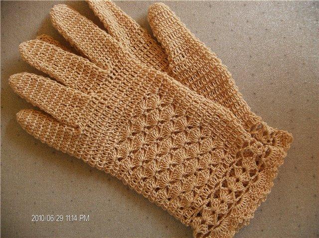 мастер-класс по вязанию таких перчаток можно посмотреть. автор fontanchik с http://club.osinka.ru.