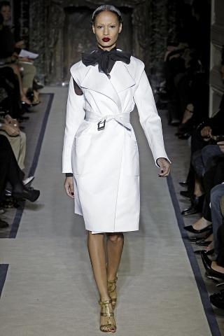 Комментарий: Модная верхняя одежда весна 2011 Make-Style.
