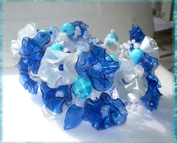 Naturalcrafts recycling art jewelry made of plastic bottles - Plastic bottle jewelry making ...
