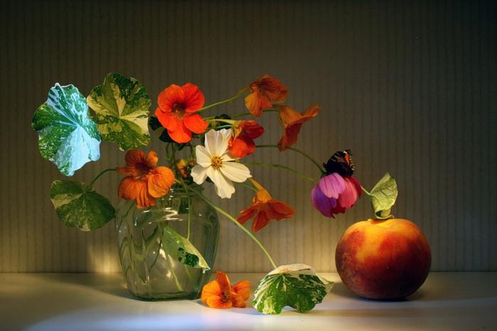 """Схема вышивки  """"Натюрморт """": таблица цветов."""