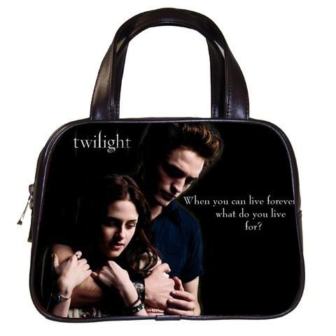 "...The Twilight saga""/a br/. в цитатник.  Сумерки."