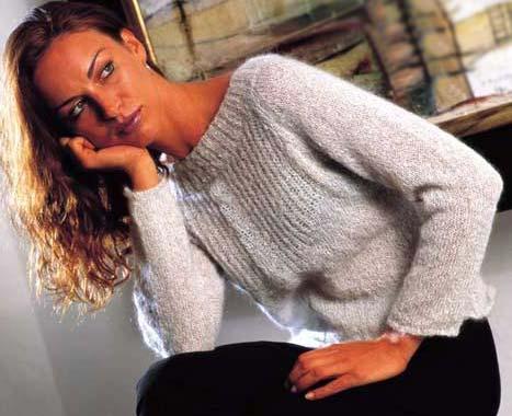 вязание спицами свитера женские из тонкого мохера.