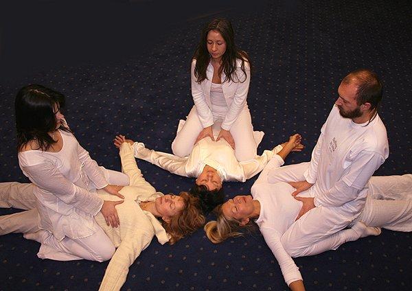 знакомства по интересу йога