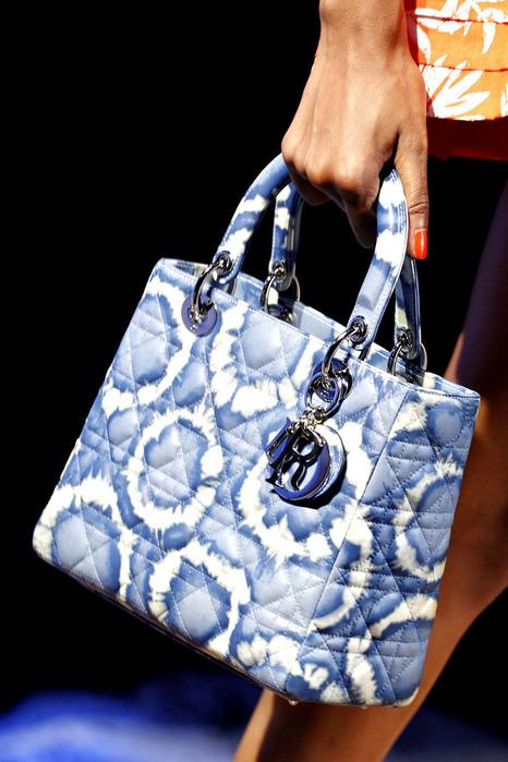 Модные сумки весна-лето 2011 - тенденции.