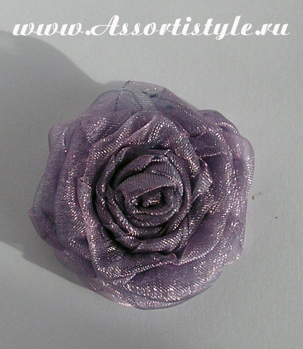 Розы из атласных лент.  МК.(кликабельно)