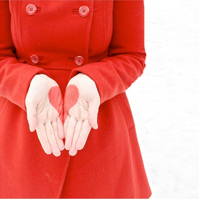 ... завтра, так что вот вам большая подборка красивых картинок про любовь.