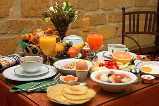 http://img1.liveinternet.ru/images/attach/c/2/66/767/66767359_1290150145_Healthy_breakfast.jpg