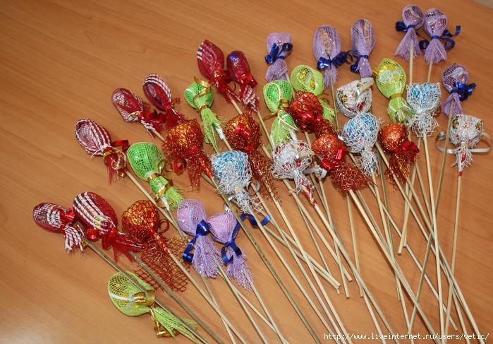 Из конфет для детей своими руками пошаговое фото