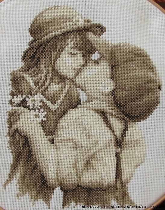 Поцелуй- вышивка крестом.