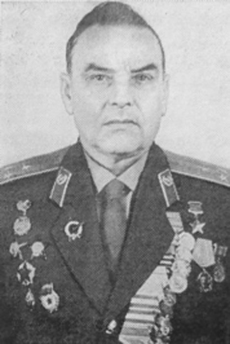 Скирута григорий трофимович - командир 235-го гвардейского стрелкового