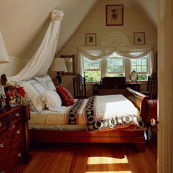 свой цитатник или сообщество!  Спальня на чердаке.