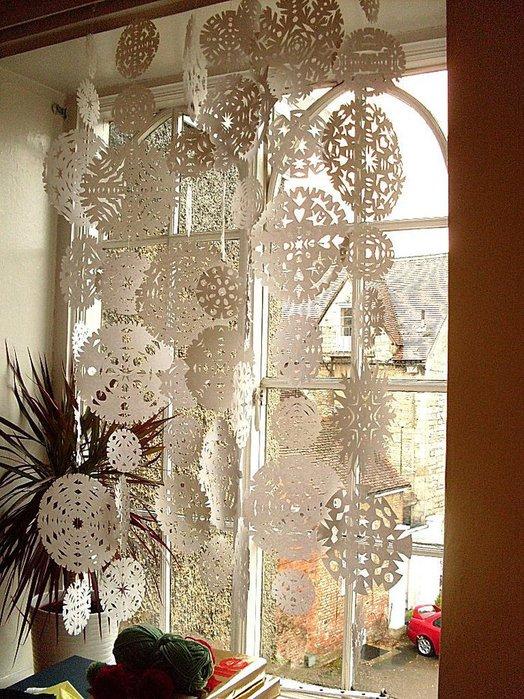 Как красиво украсить дом к новому году своими руками