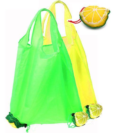 Эта сумка-трансформер сделана из очень легкого и прочного материала.