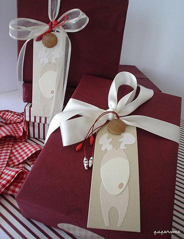 Идеи упаковки подарков от самых простых на основе обычного бумажного пакета до сложных с элементами скрапбукинга.