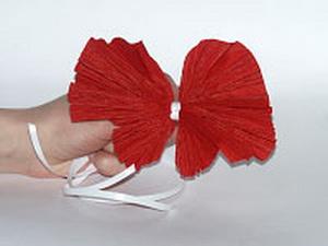 Как сделать бантик с гофрированной бумаги