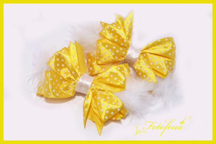 Желтые бантики своими руками