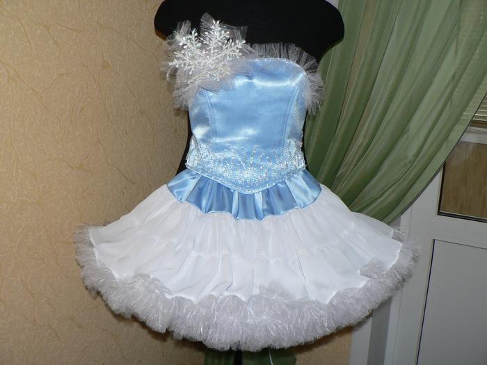 Платье снежинка своими руками фото