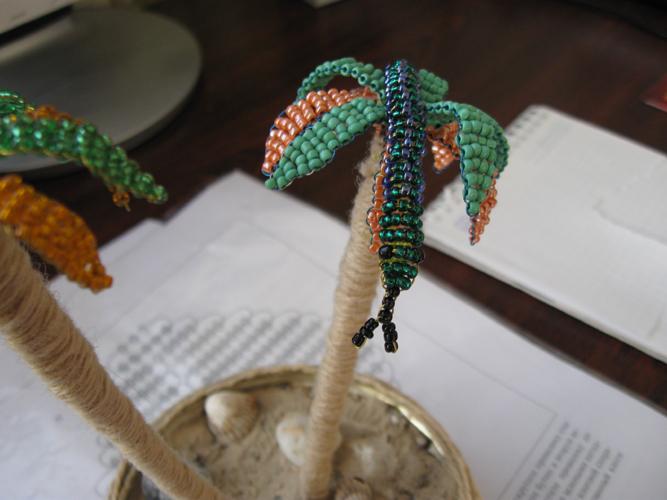 объемные браслеты из бисера.