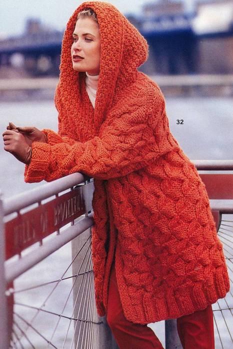 Пальто спицами из толстой пряжи 11