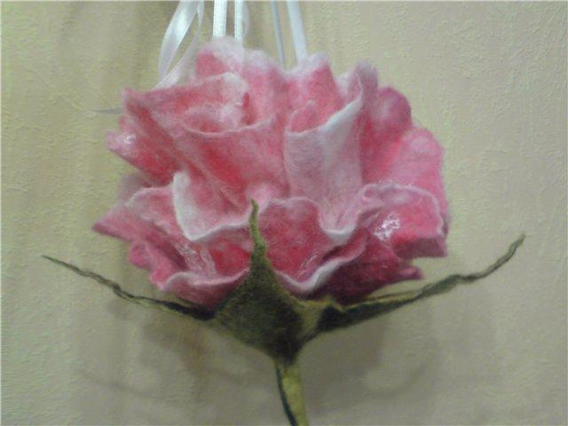 Валяние цветка роза