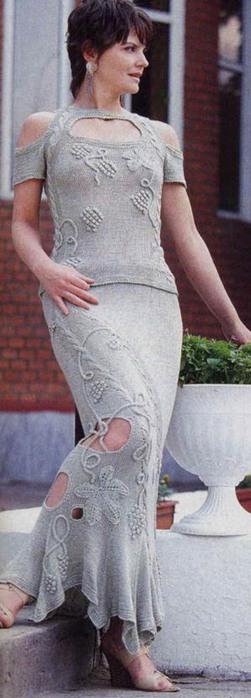 куплю красивое платье модное вязаное или трикотаж длинный свитер.