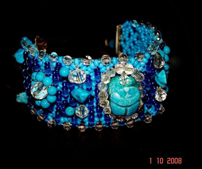 Схема жуков из бисера плетение