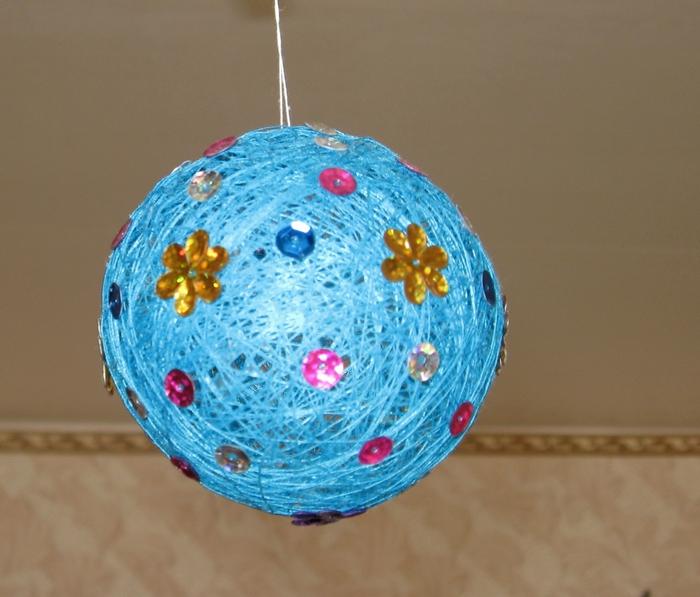 Поделка своими руками шарик из ниток