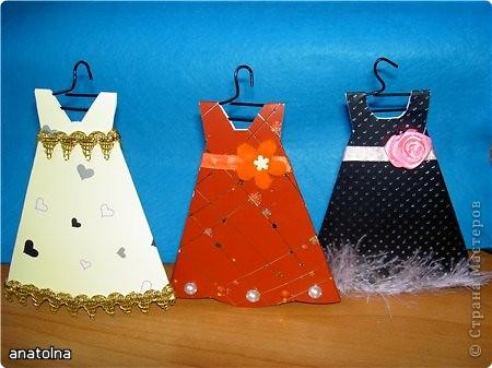 Платья из бумаги к 8 марта своими руками