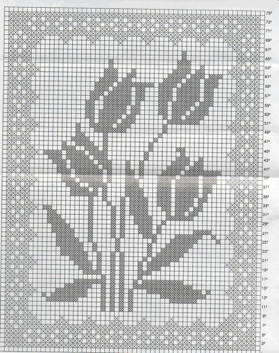 техникой филейного вязания.  Сразу скажу, что для вязания можно использовать схемы монохромной вышивки крючком...