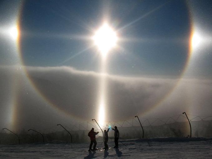 Красивые атмосферные явления: гало, глория, двояковыпуклые облака, мираж, огненная радуга, полярное сияние (37) - 1 / tiaurus.in