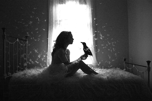 Черно белые фото девушек для интерьера