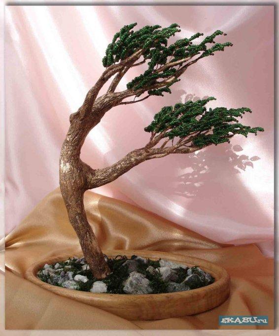 Деревья из бисера - необычно и красиво!  Автор работ Ольга Гулидова.