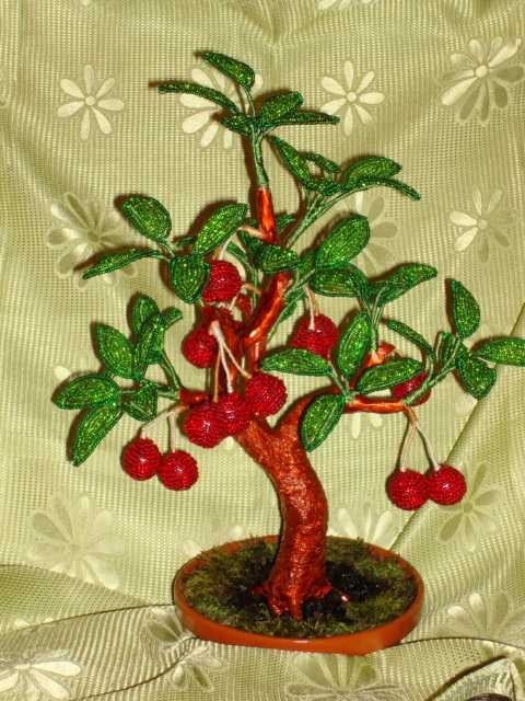 Бисероплетение вишня дерево