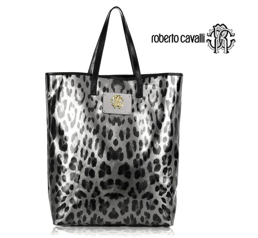 ...лучше чем Roberto Cavalli Leopard-Print Leather Shopper вам не найти.